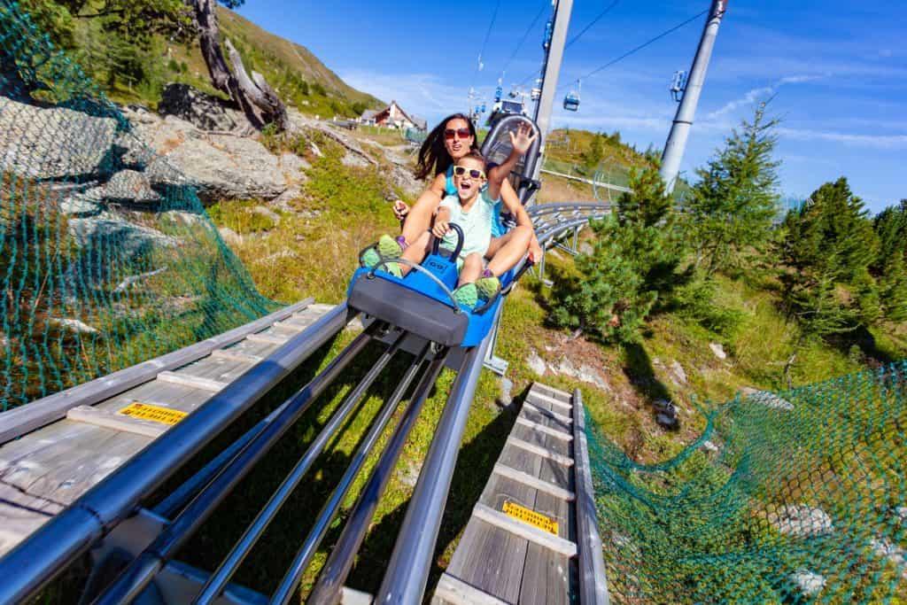 Ausflugsziel Nocky Turracher Höhe Kärnten Sommer-Rodelbahl mit Kindern