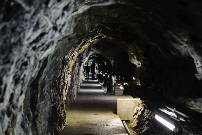 Staumauerführungen in die Kölnbreinsperre