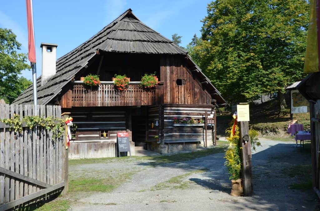 Stadl Ausflugsziel Kärntner Freilichtmuseum Maria Saal
