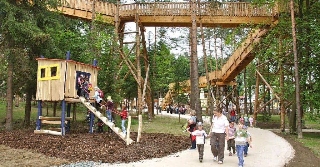kinderfreundliches Ausflugsziel Südkärnten Walderlebniswelt Klopeinersee Spielplatz