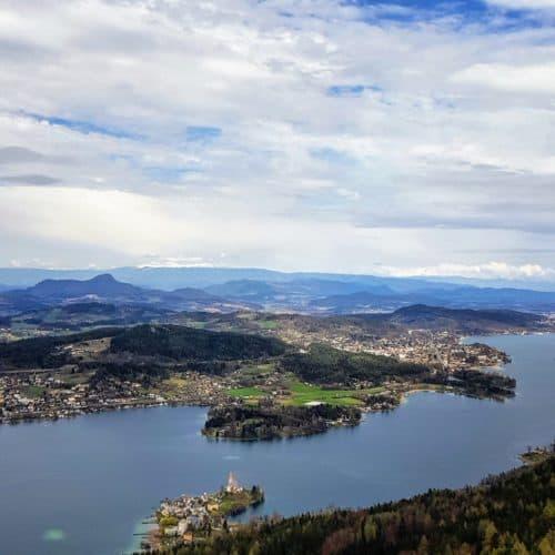 Maria Wörth Kärnten vom Aussichtsturm Pyramidenkogel Wörthersee