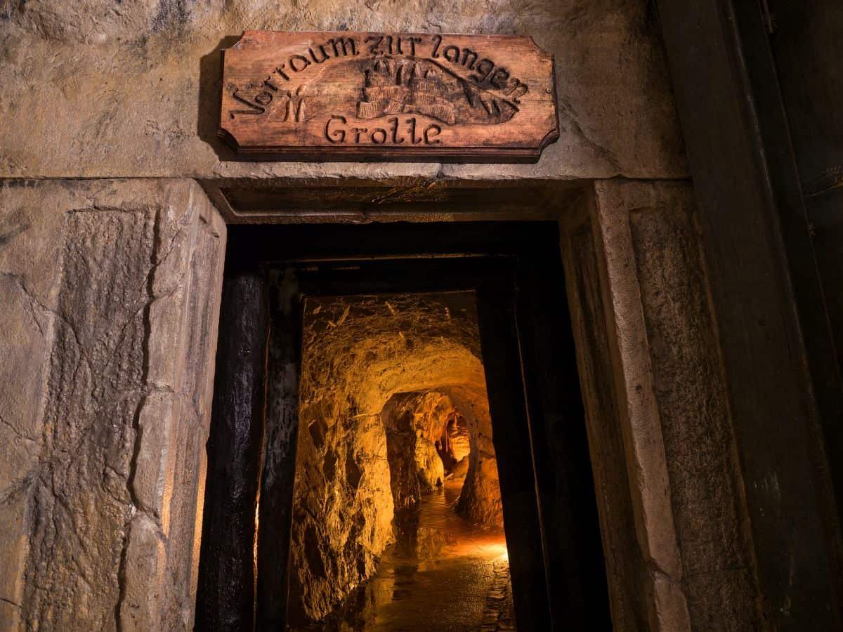 Stollen in den Obir Tropfsteinhöhlen - familienfreundliche Sehenswürdigkeit in der Urlaubsregion Klopeinersee Südkärnten