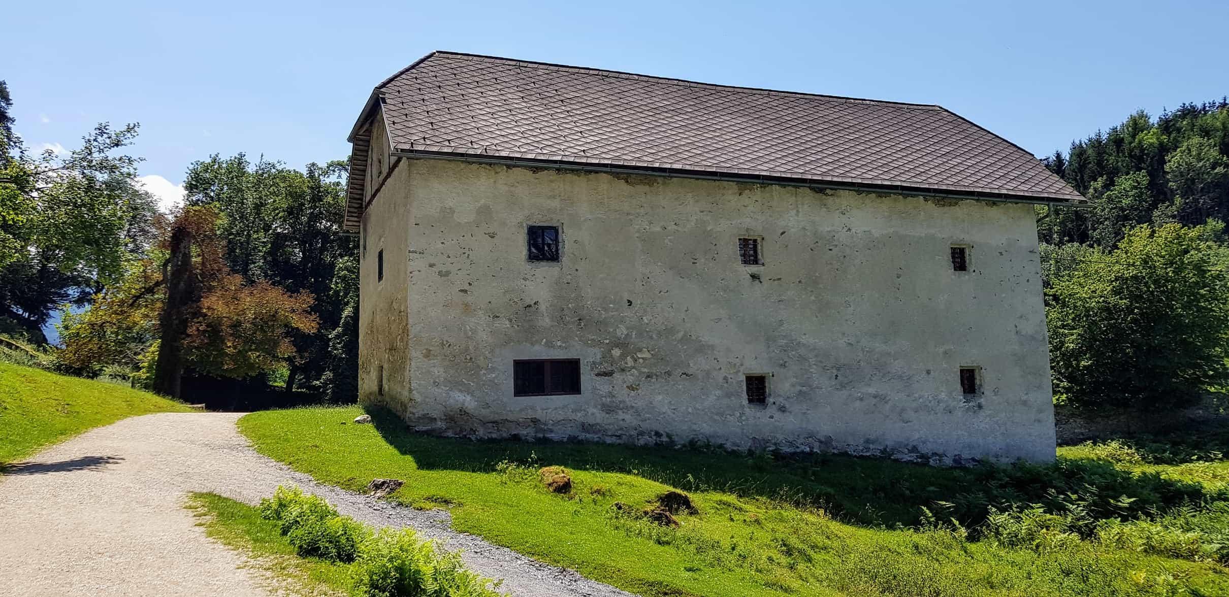Sehenswürdigkeiten in Kärnten Tierpark Rosegg Ruine