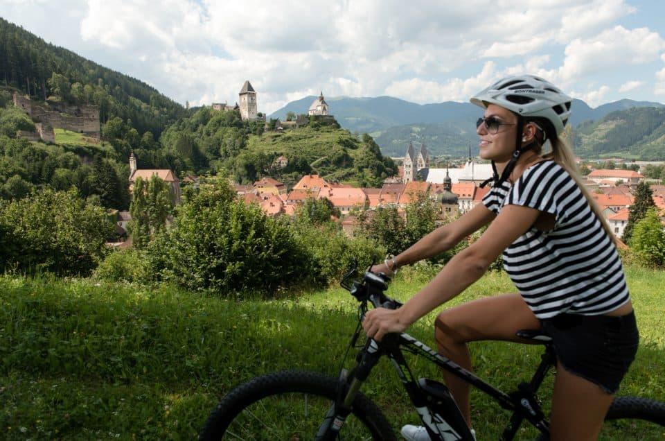 Sehenswürdigkeiten und Aktivitäten Mittelkärnten - E-Bikerin