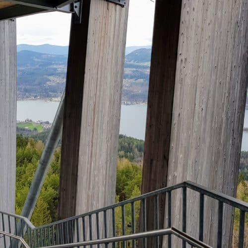 Sehenswürdigkeiten Wörthersee Pyramidenkogel Kärnten Aufgang Stiegen