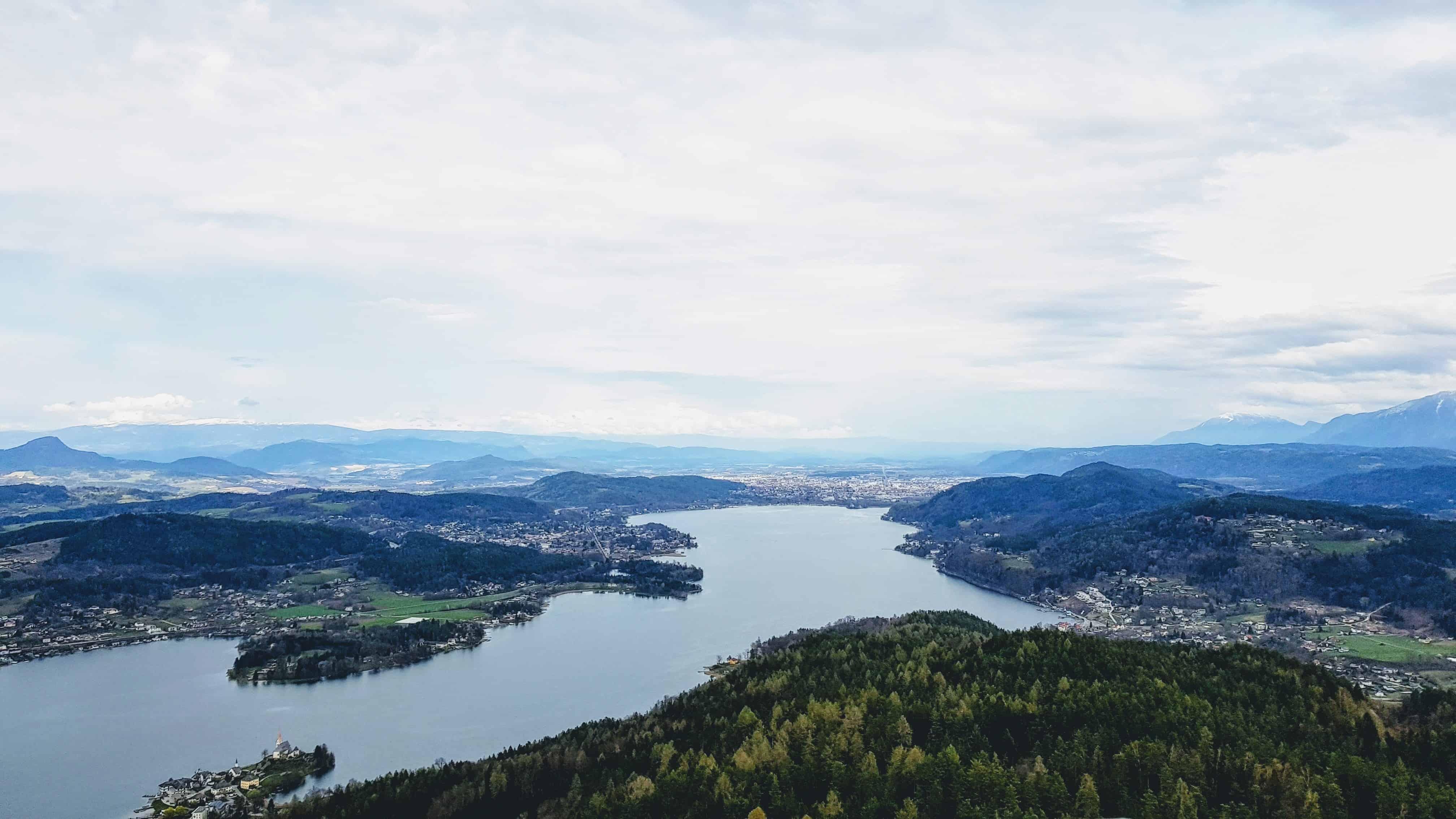 Urlaub in Kärnten - Ausflug zum Pyramidenkogel - Panoramablick auf Klagenfurt am Wörthersee
