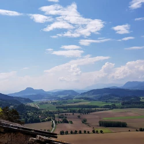 Panorama-Wanderung auf die Burg Hochosterwitz - Aussicht Richtung Klagenfurt am Wörthersee