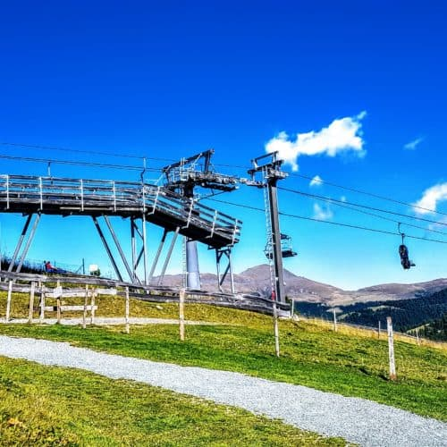 Sommer-Bergbahn Panoramabahn Nocky Flitzer Turracher Höhe Gipfel und Start Sommerrodelbahn