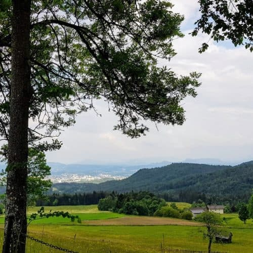 Blick Richtung Villach bei Ausflug in Schaubergwerke Terra Mystica und Montana in Bad Bleiberg