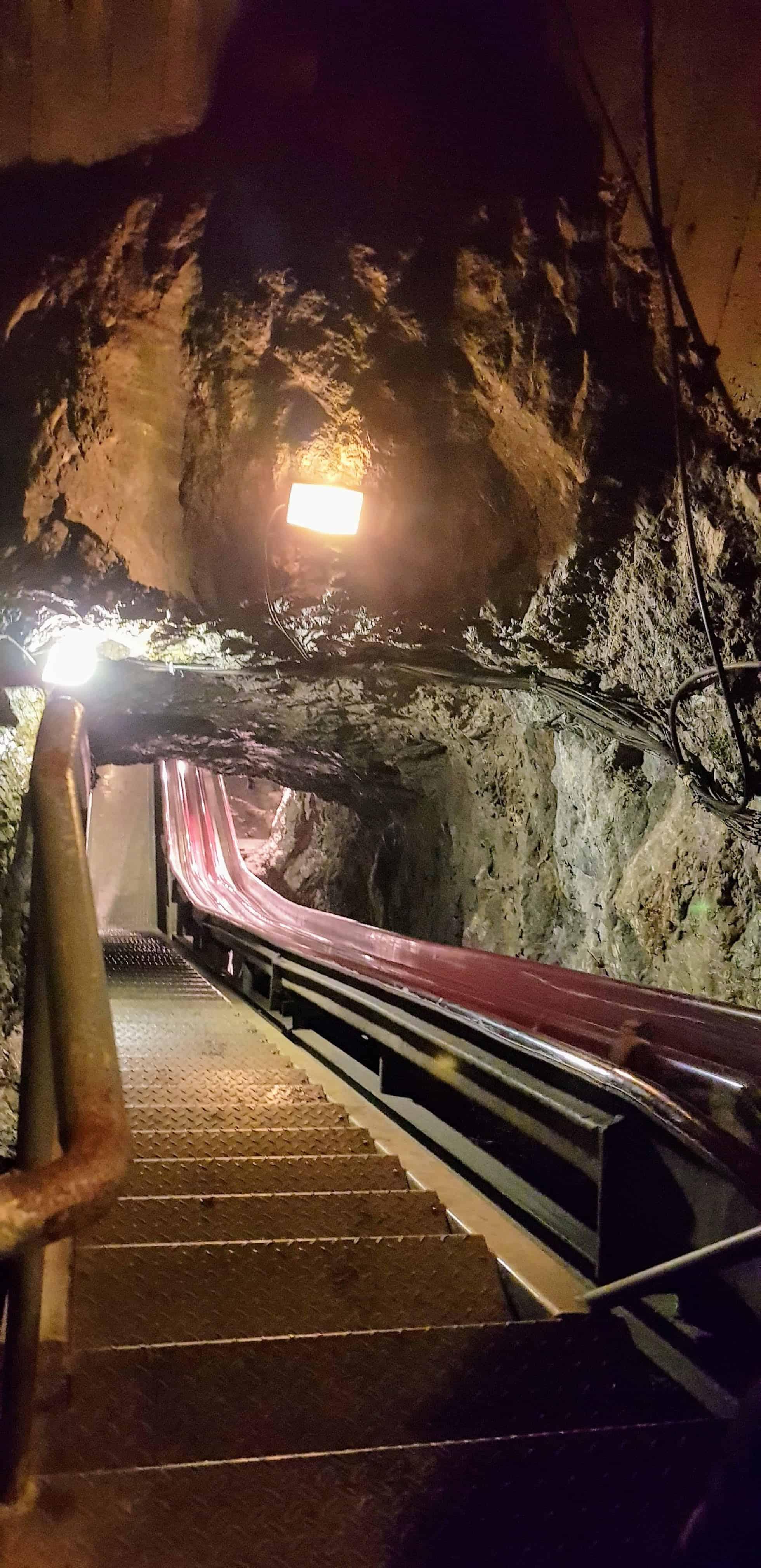 Europas längste Bergmannsrutsche im Schaubergwerk Terra Mystica Montana - Sehenswürdigkeit in Kärnten