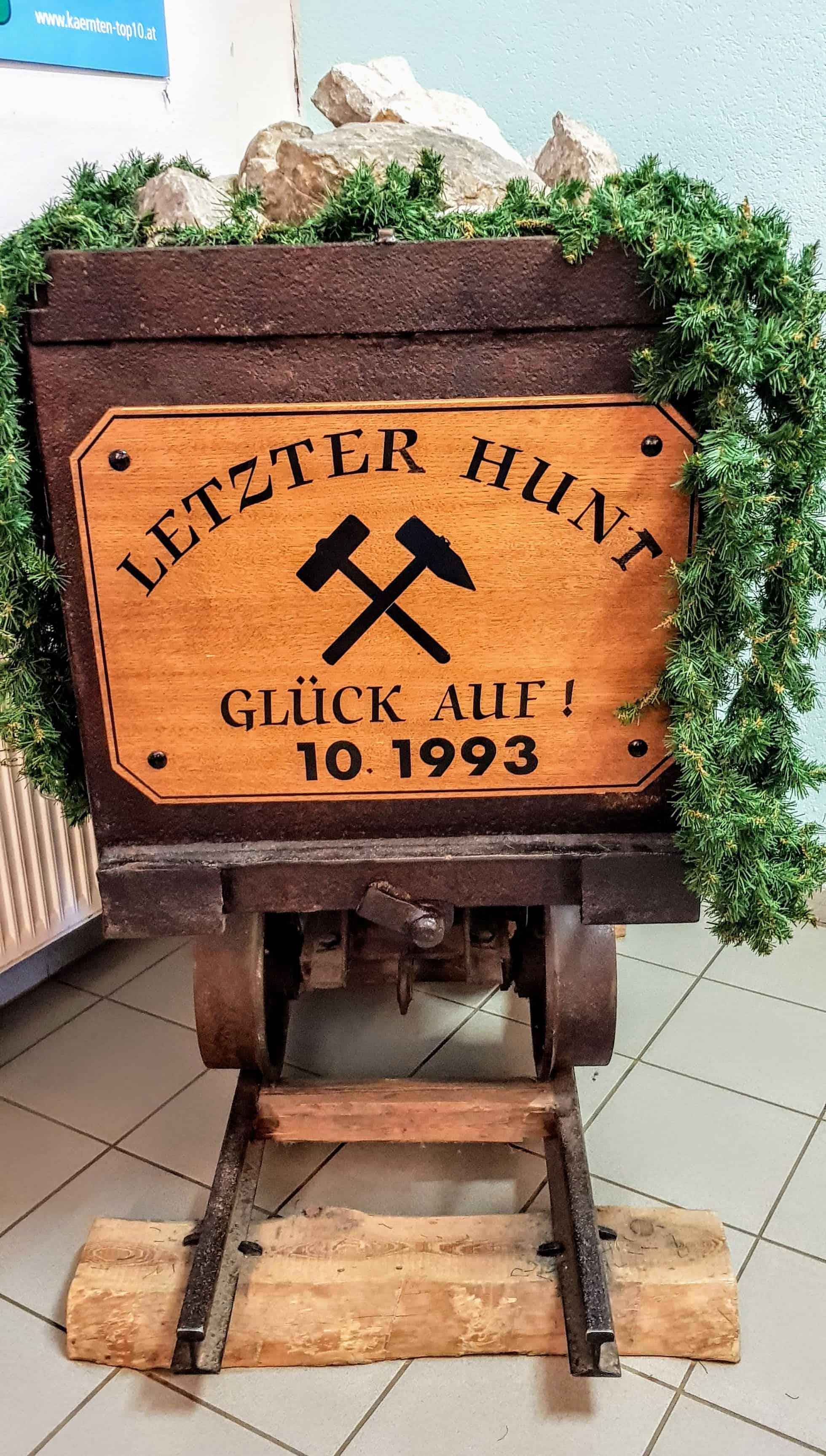 letzter Grubenhunt im Stollen Bad Bleiberg in Österreich