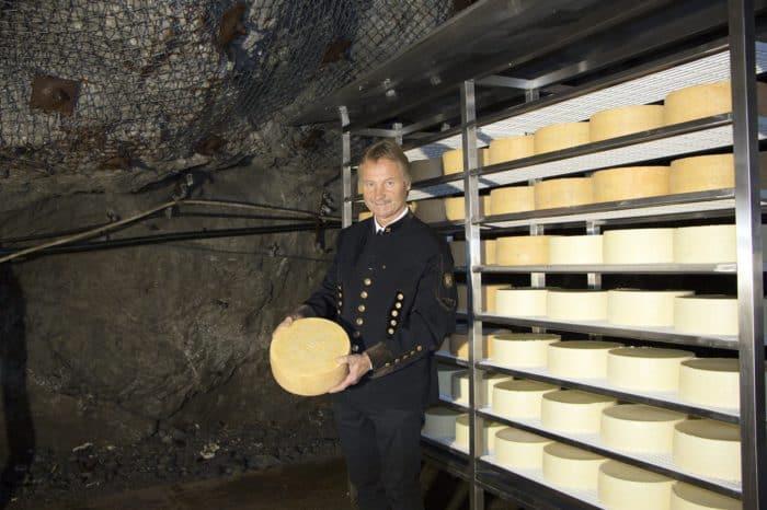 Eröffnung Käsestollen mit Käsetaufe in den Schaubergwerken Terra Mystica & Montana
