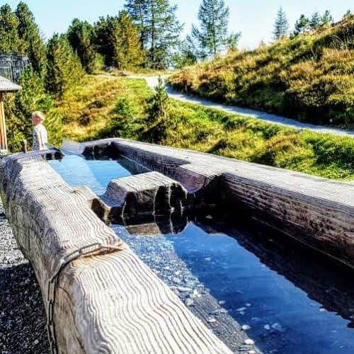 Wasserspielplatz auf der Alm: Kinderspielplatz Nockys Almzeit Turracher Höhe Kärnten