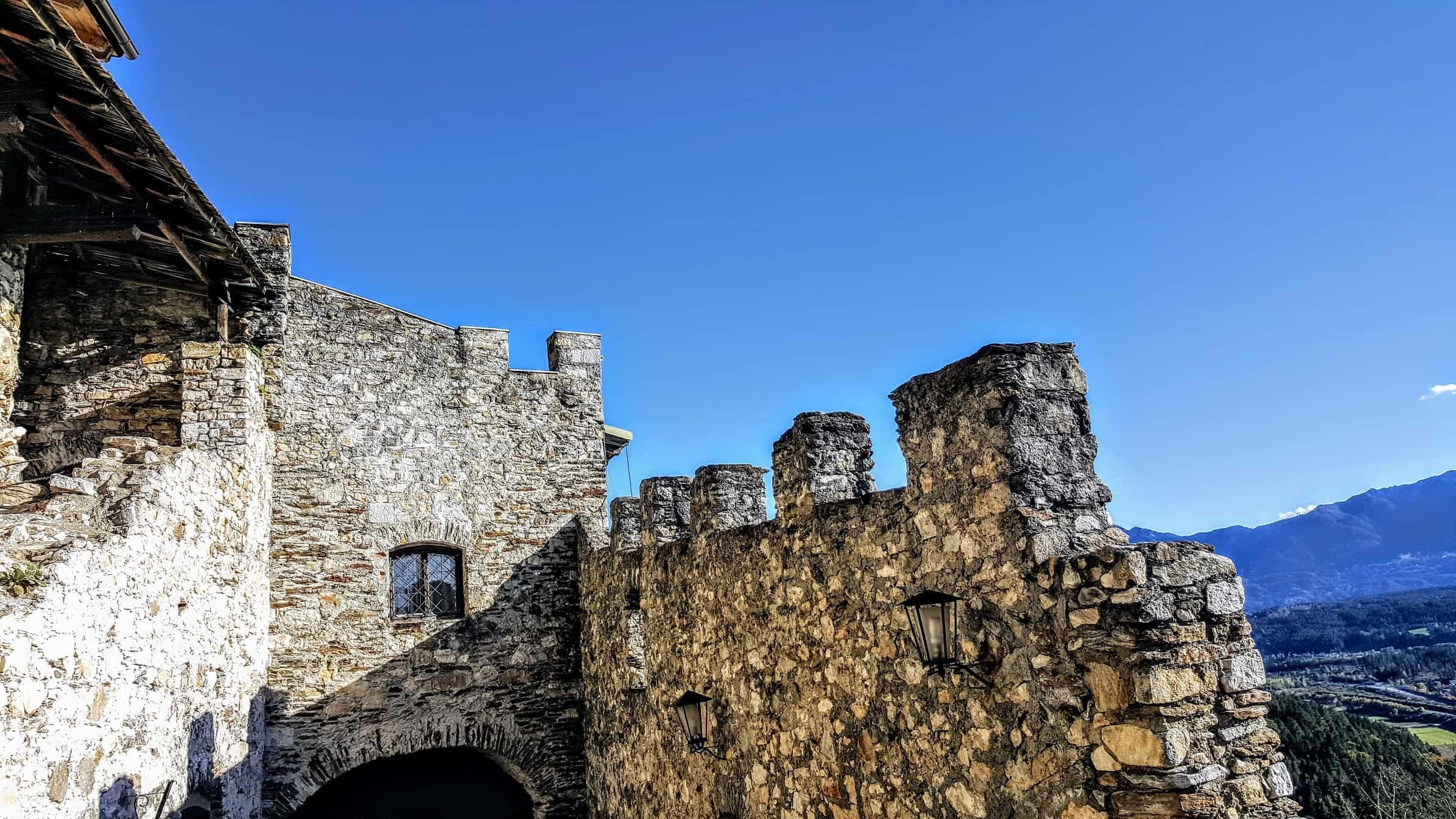 historische Mauern Burgruine Landskron am Ossiacher See