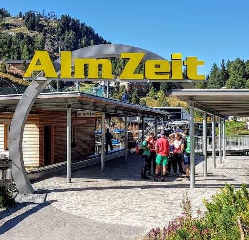 Nocky Flitzer & Almzeit Panoramabahn Bergbahn Turracher Höhe - Start Bergfahrt - Talstation