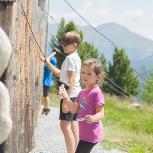 Kinder in der Nocky's Almzeit - Erlebnis-Spielplatz auf der Turracher Höhe