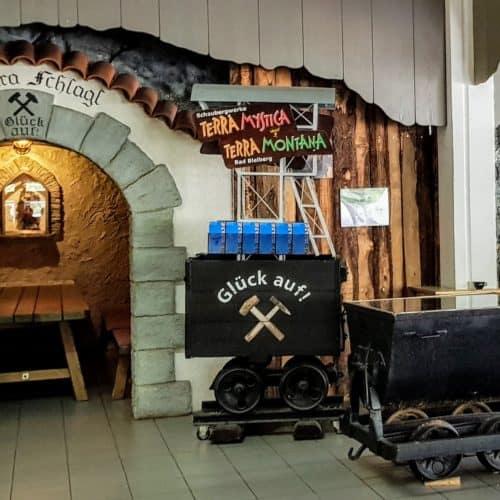 Barbara Schlag im Schaubergwerk Terra Mystica Montana- Ausflugsziel in Kärnten. Stollen Bad Bleiberg