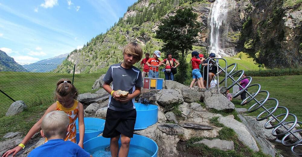 Ausflugstipp Kinder Wassererlebnispark Maltatal Kärnten Spielplatz