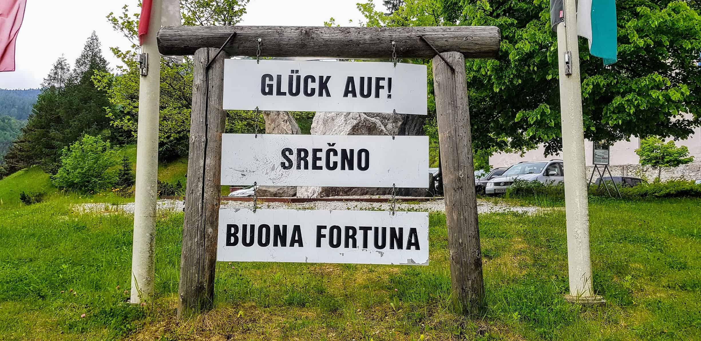 Willkommens-Tafel in den Schaubergwerken Terra Mystica Montana Bad Bleiberg