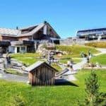 TOP Ausflugsziele in Kärnten: Kinder-Erlebnis-Spielplatz - Wasserspielplatz Nockys Almzeit auf Turrach zwischen Kärnten und Steiermark in Österreich