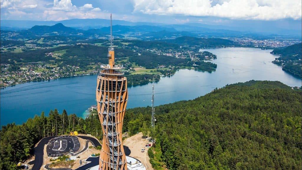 Pyramidenkogel - Sehenswürdigkeit in Österreich am Wörthersee in Kärnten