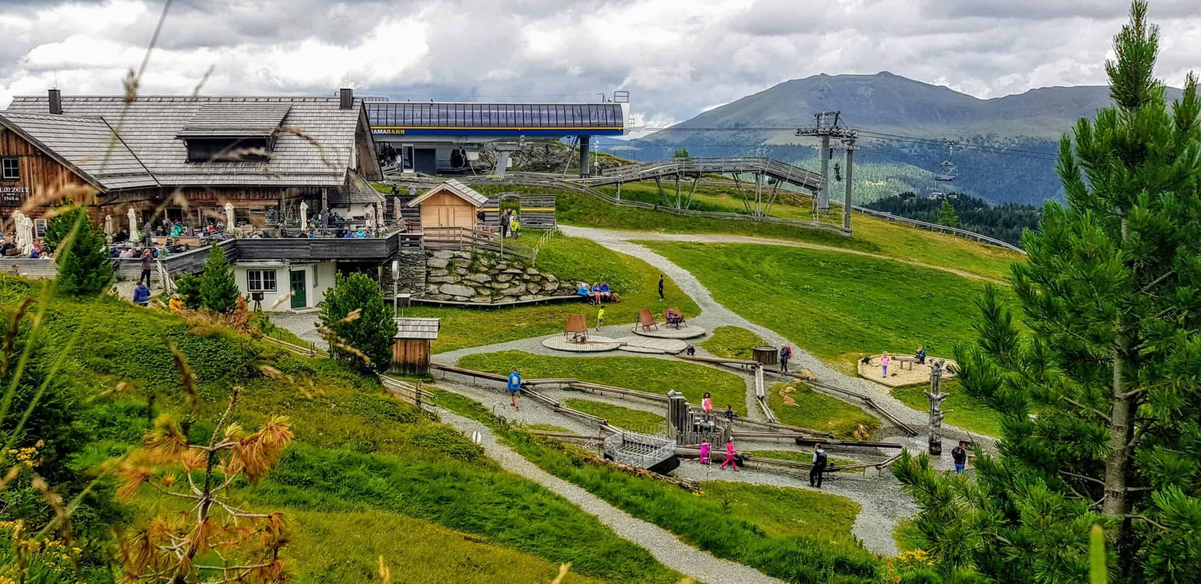 Panoramabahn Turracher Höhe mit Kindererlebniswelt Nockys Almzeit und Rodelbahn Nocky Flitzer - sehenswert auf der Turrach