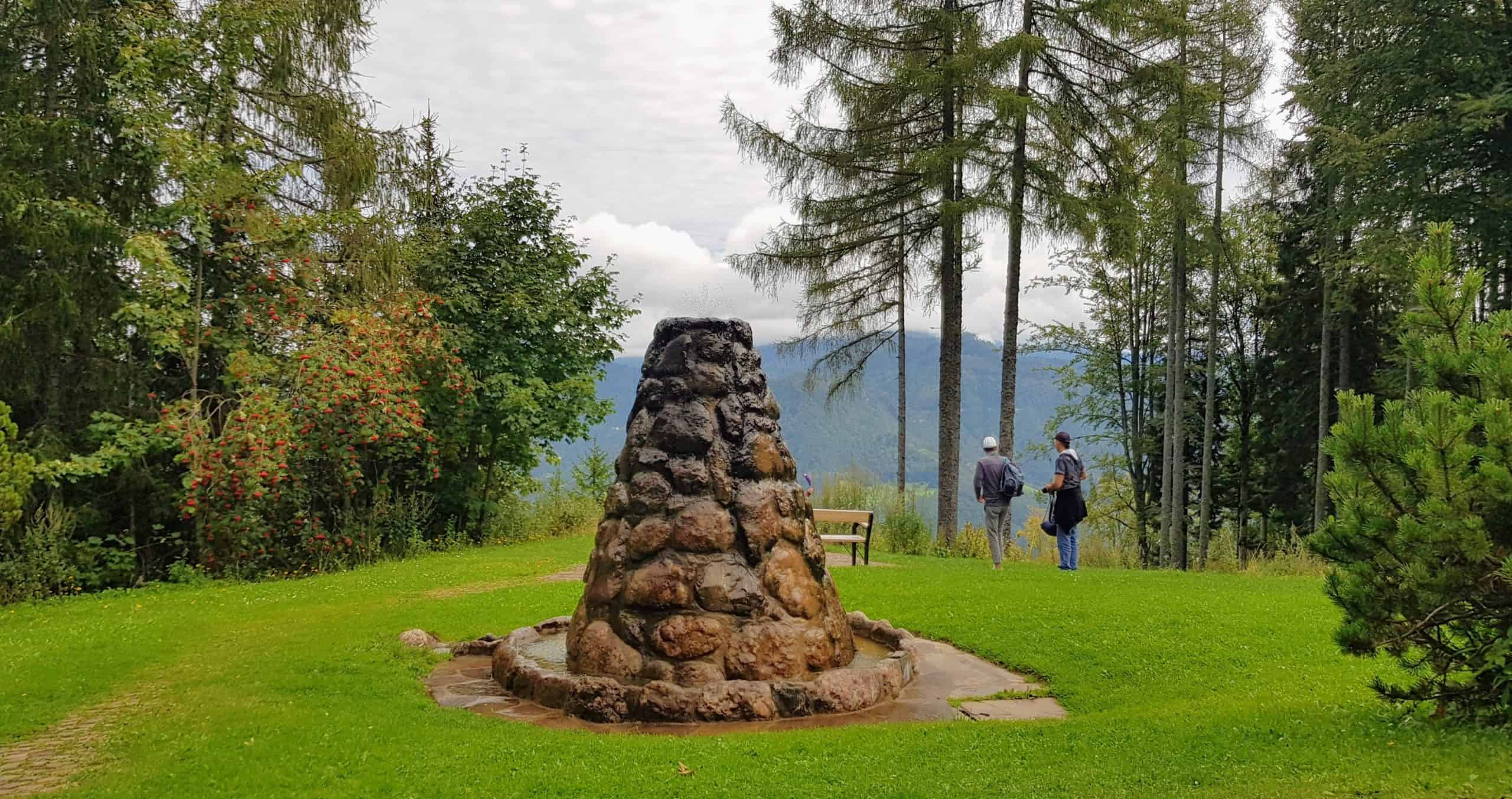 Obir Tropfsteinhöhlen - vor dem Ausflugsziel in Südkärnten