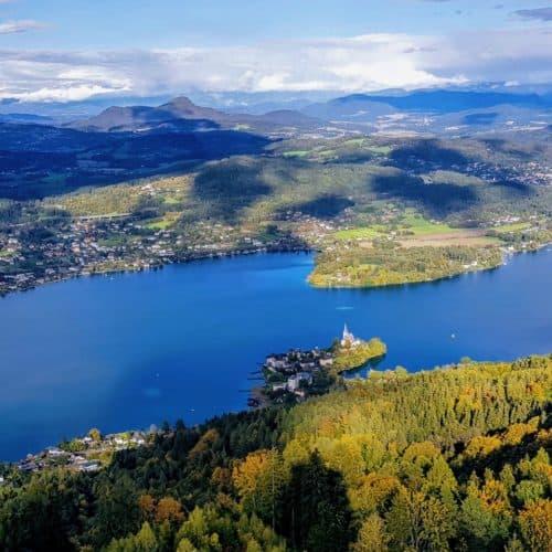 Pyramidenkogel Aussicht auf Kärnten, Maria Wörth und Klagenfurt in Kärnten. Ausflugsziel in Österreich