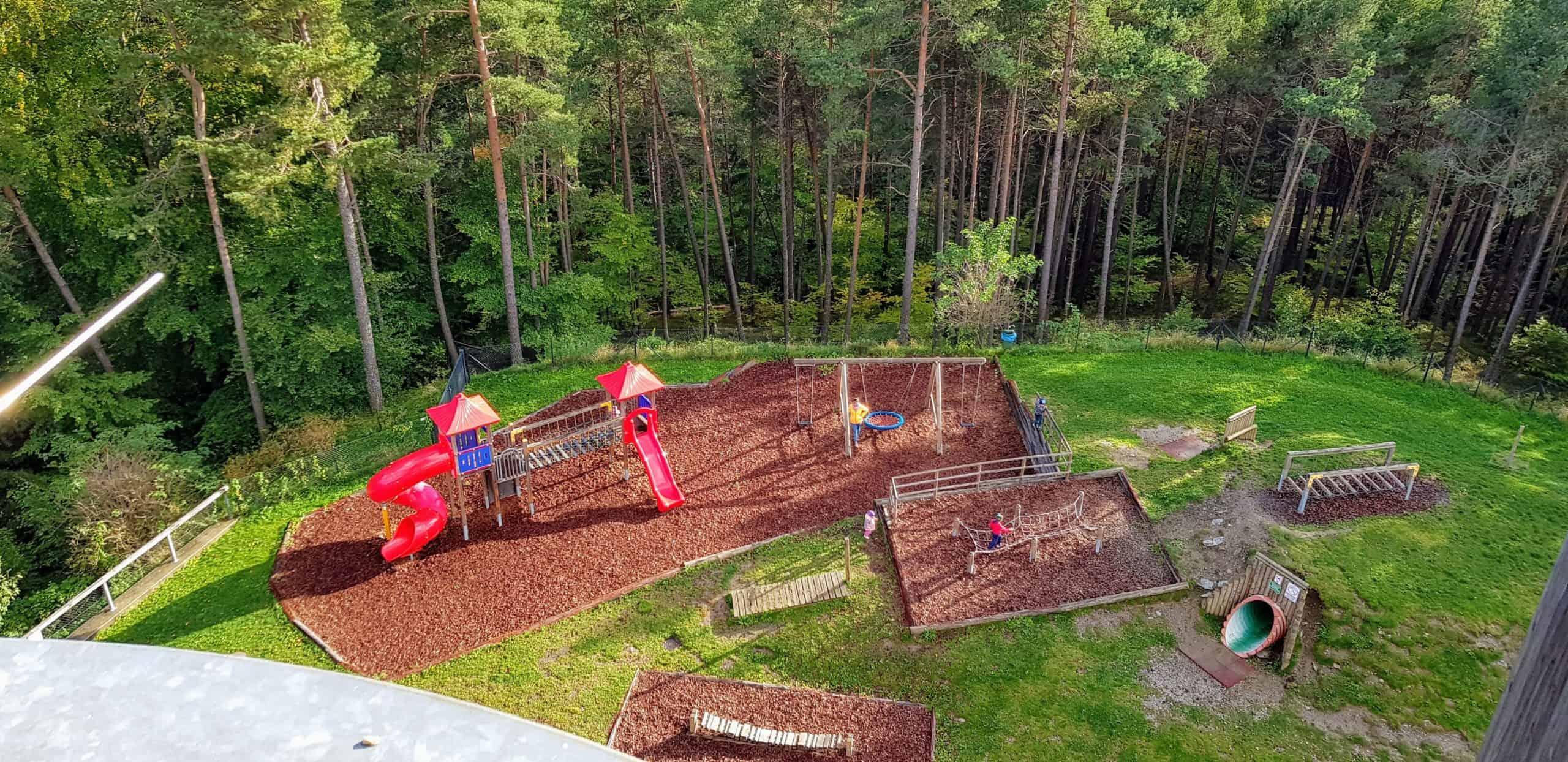 Kinderspielplatz am Pyramidenkogel - Aktivitäten für Familien mit Kindern in Kärnten - Urlaubsregion Wörthersee - Österreich