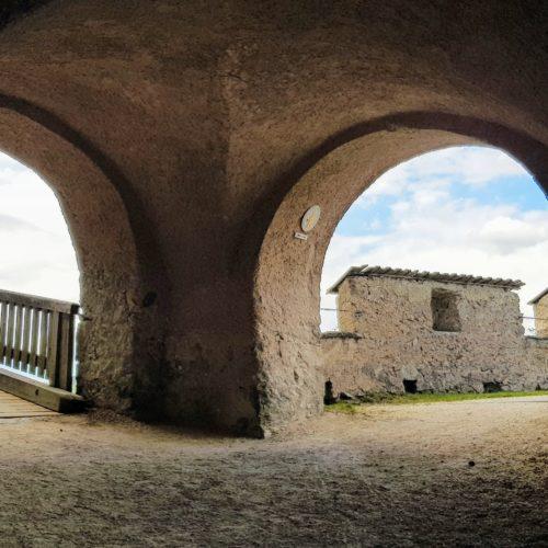 Burgtore Hochosterwitz - schöne Wanderung zu einem der beliebtesten Ausflugsziele in Mittelkärnten