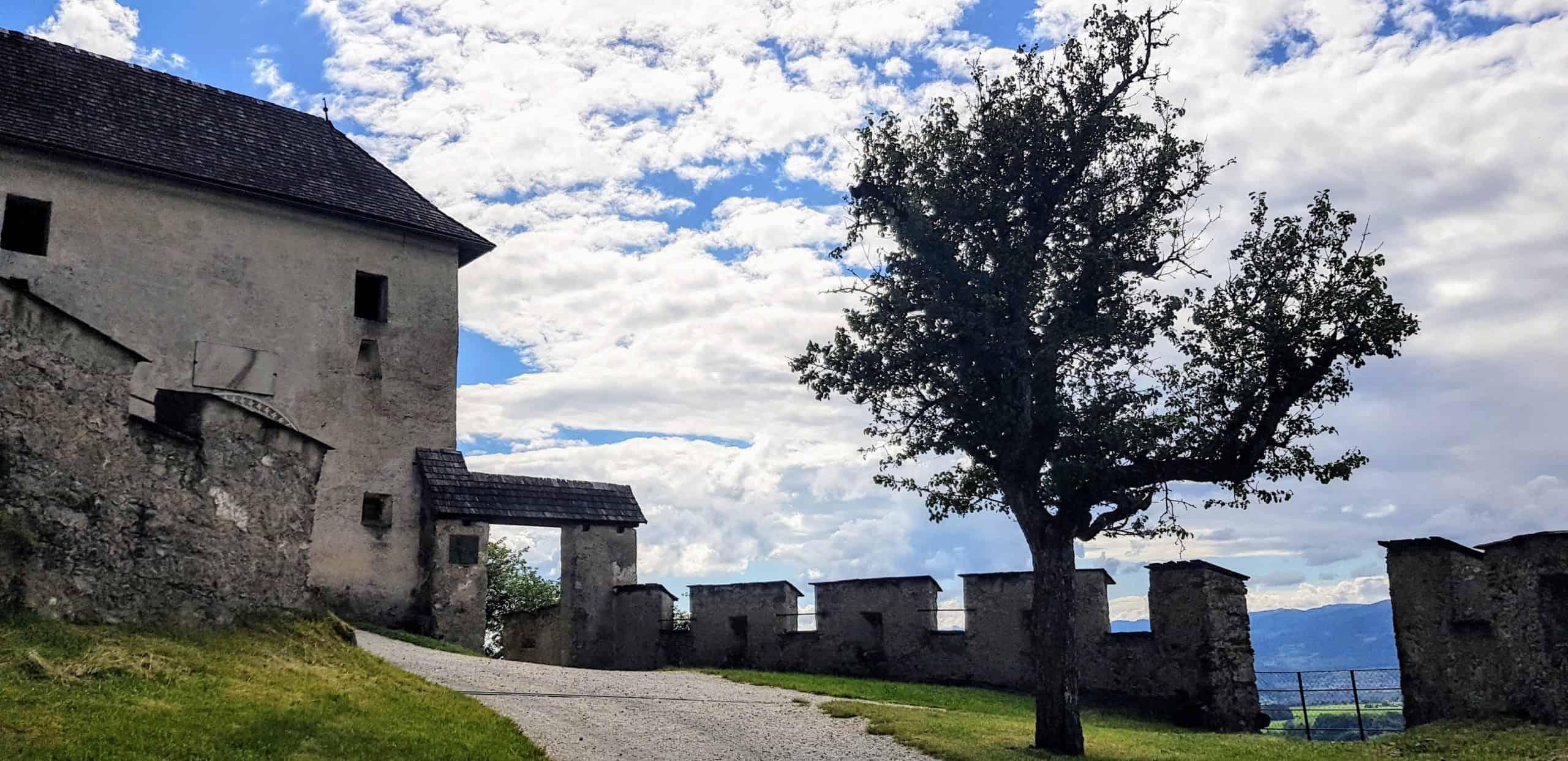 Hochosterwitz Kirchentor in der Nähe von St. Veit und Klagenfurt. Ausflugsziel in Kärnten.