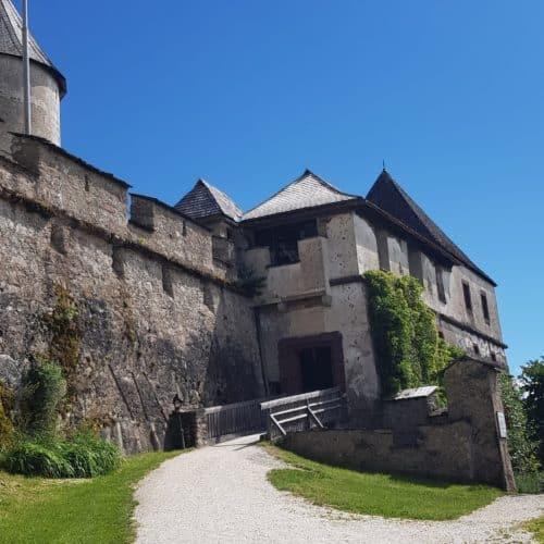 Kulmertor auf Burg Hochosterwitz - mittelalterliche Burgtore zur Verteidigung. Sehenswürdigkeit in Kärnten, Nähe St. Veit