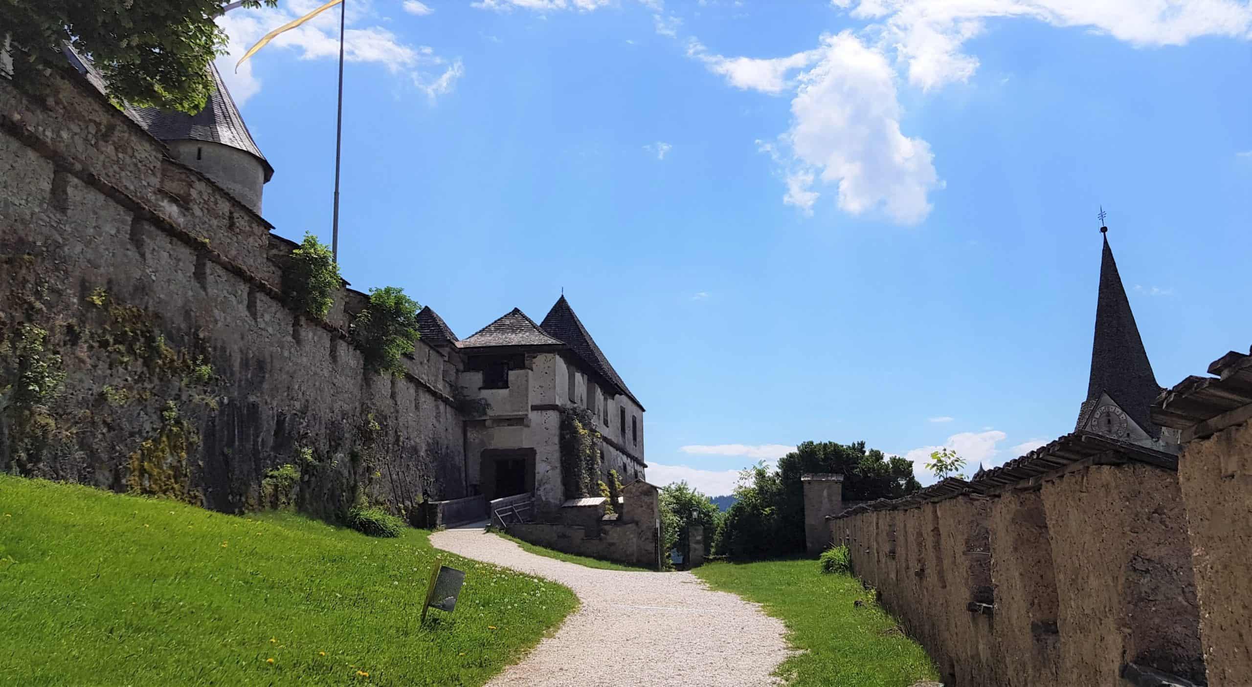 14. Burgtor Hochosterwitz - Kulmertor. Sehenswerte Orte in Kärnten, Nähe Klagenfurt und St. Veit