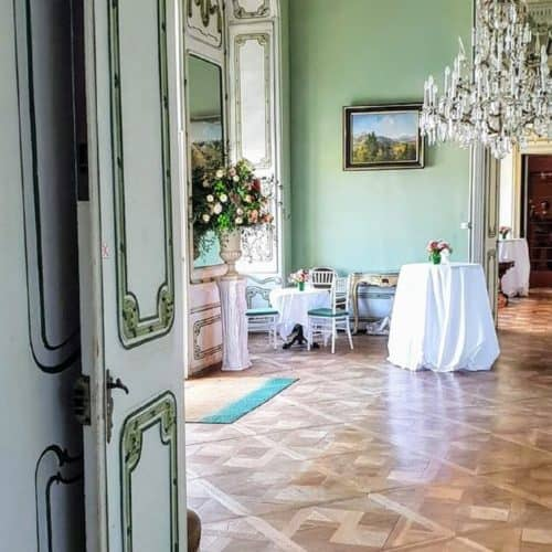 Innenraum Schloss Rosegg für Events und Hochzeiten. Auch Cafe. In Kärnten Geheimtipp.