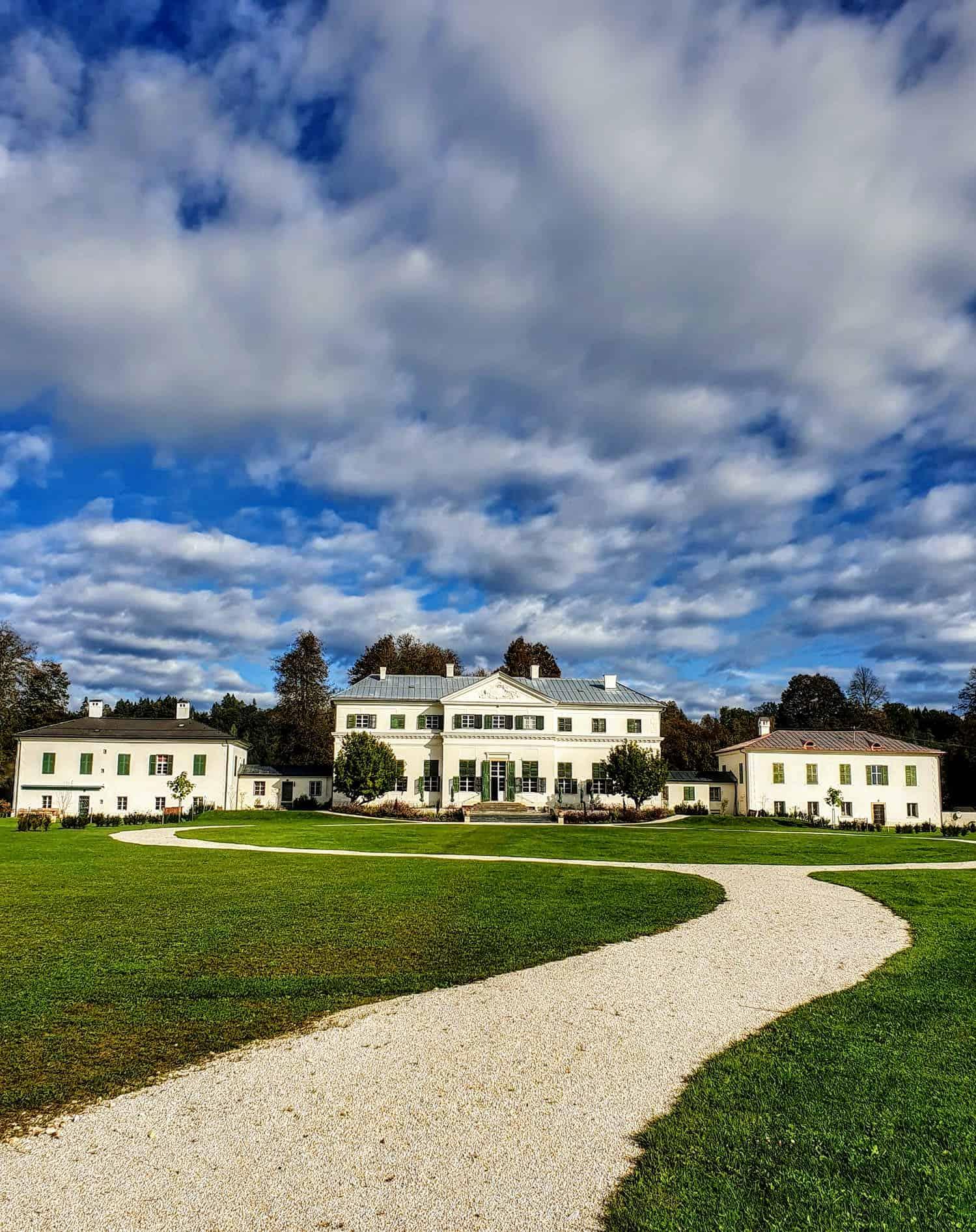 Schloss Rosegg der Familie Liechtenstein im Kärntner Rosental. Ausflugsziel und Veranstaltungsort in der Nähe vom Wörthersee.