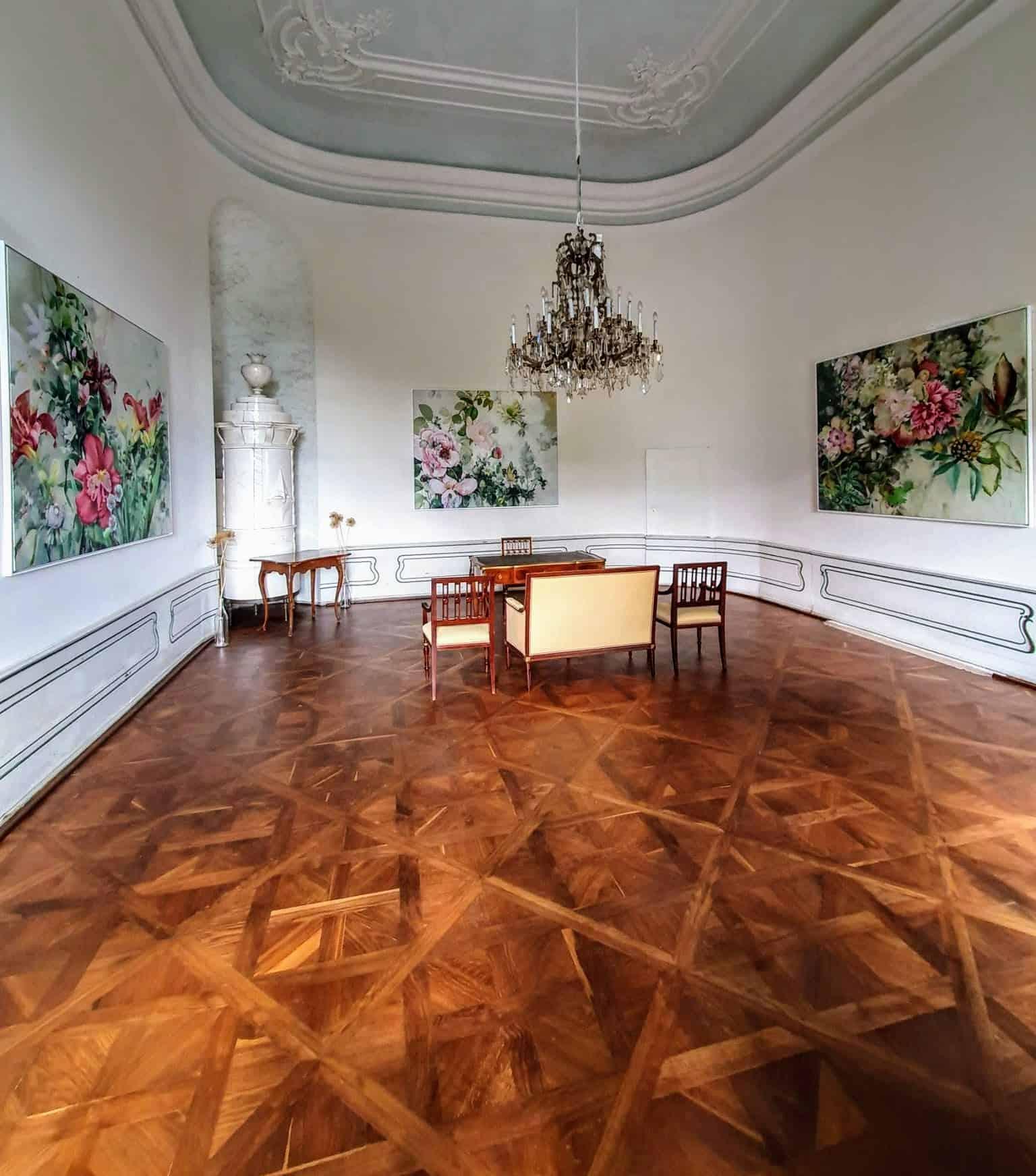 Trauungssaal im Schloss für Hochzeiten im Schloss Rosegg in Kärnten, Nähe Velden am Wörthersee - Österreich.