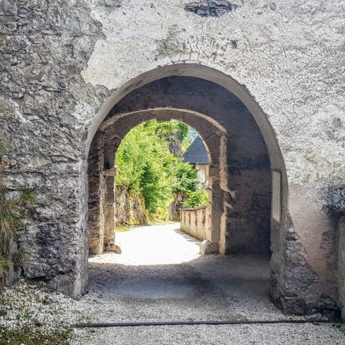 Durchgang Waffentor - Burgtor auf Hochosterwitz - Ausflugsziele Mittelkärnten, Nähe St. Veit