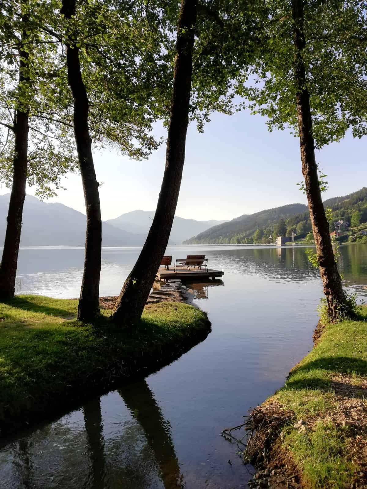Die schönen Parkanlagen rund um den Millstätter See in Kärnten