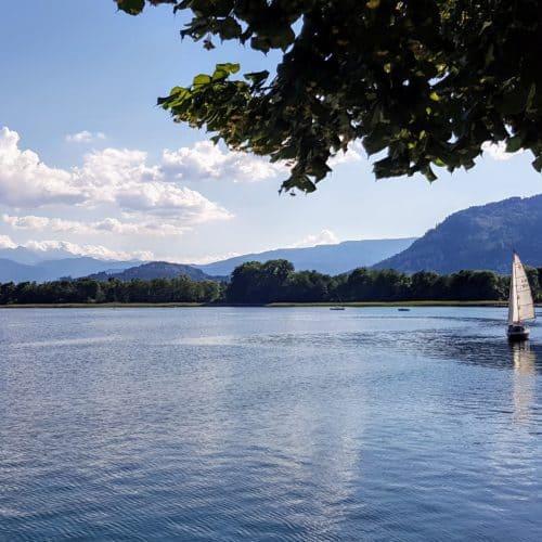 In Annenheim am Ossiacher See mit Blick Richtung Landskron