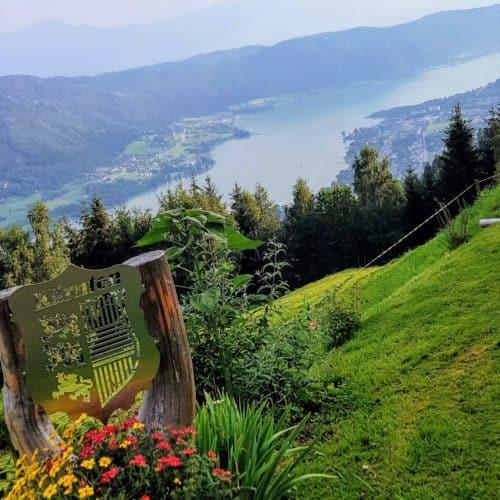 Leichte Wanderungen und Buschenschank am Ossiacher See - Ossiachberg mit Blick auf Region Villach-Gerlitzen