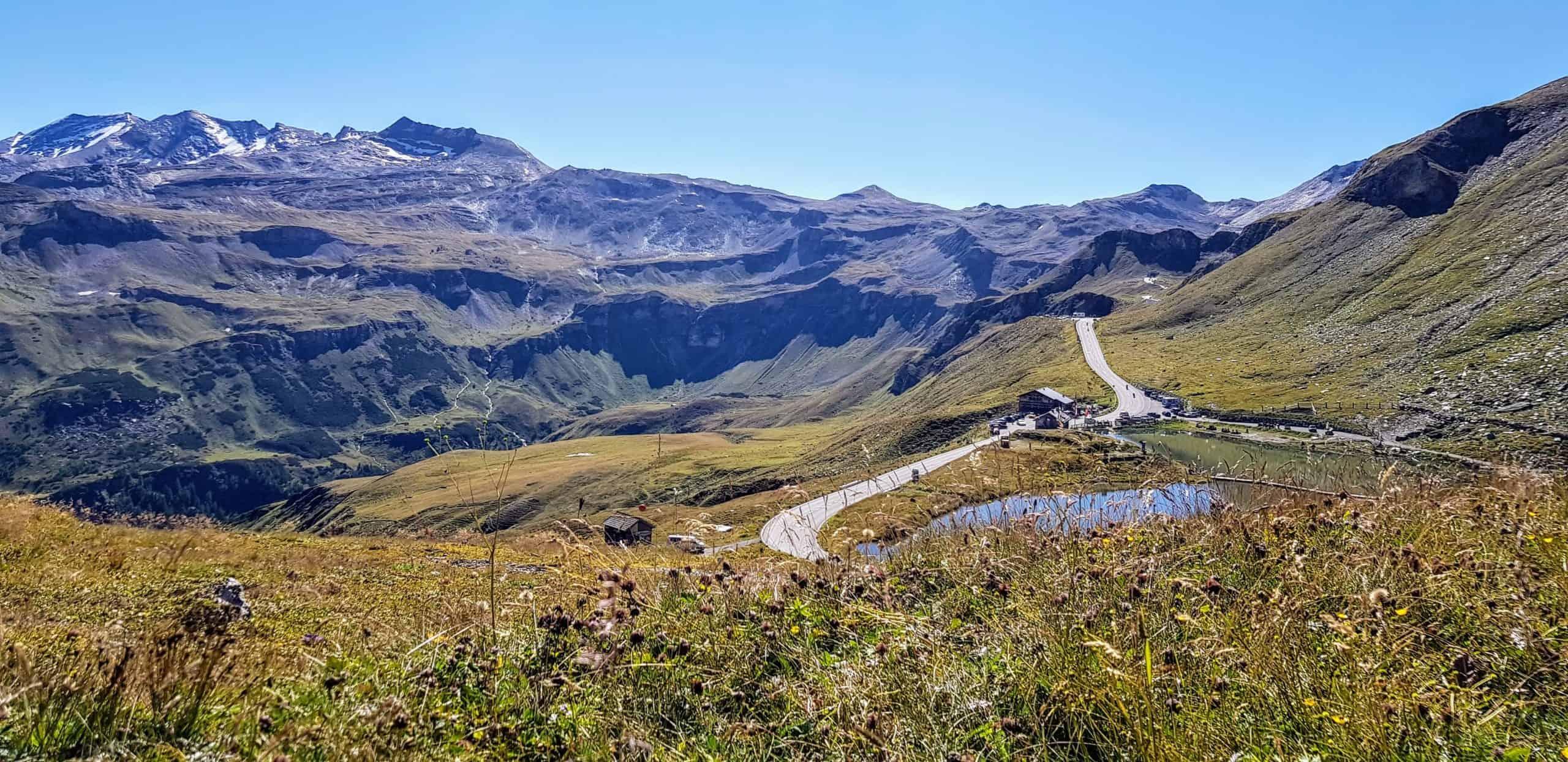 Alpen Nationalpark Hohe Tauern in Österreich mit Fuscher Lacke in Salzburg bei Großglockner Panoramastraße