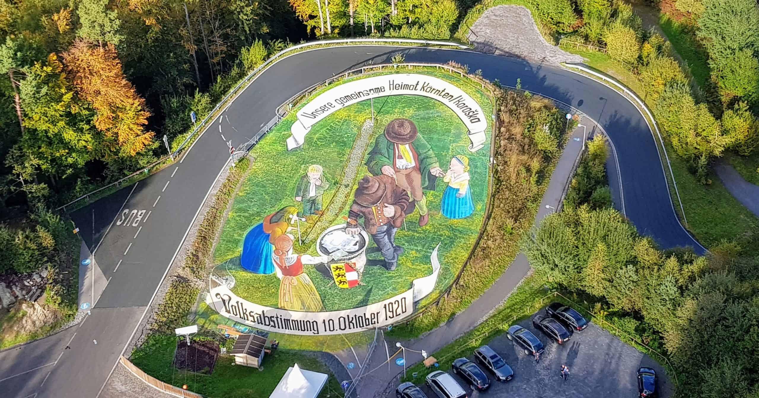 Voksabstimmung Kärnten Oktober Pyramidenkogel Kunstwerk 3D