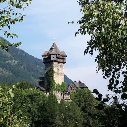 Burg Falkenstein - historisches Bauwerk im Nationalpark Hohe Tauern Kärnten