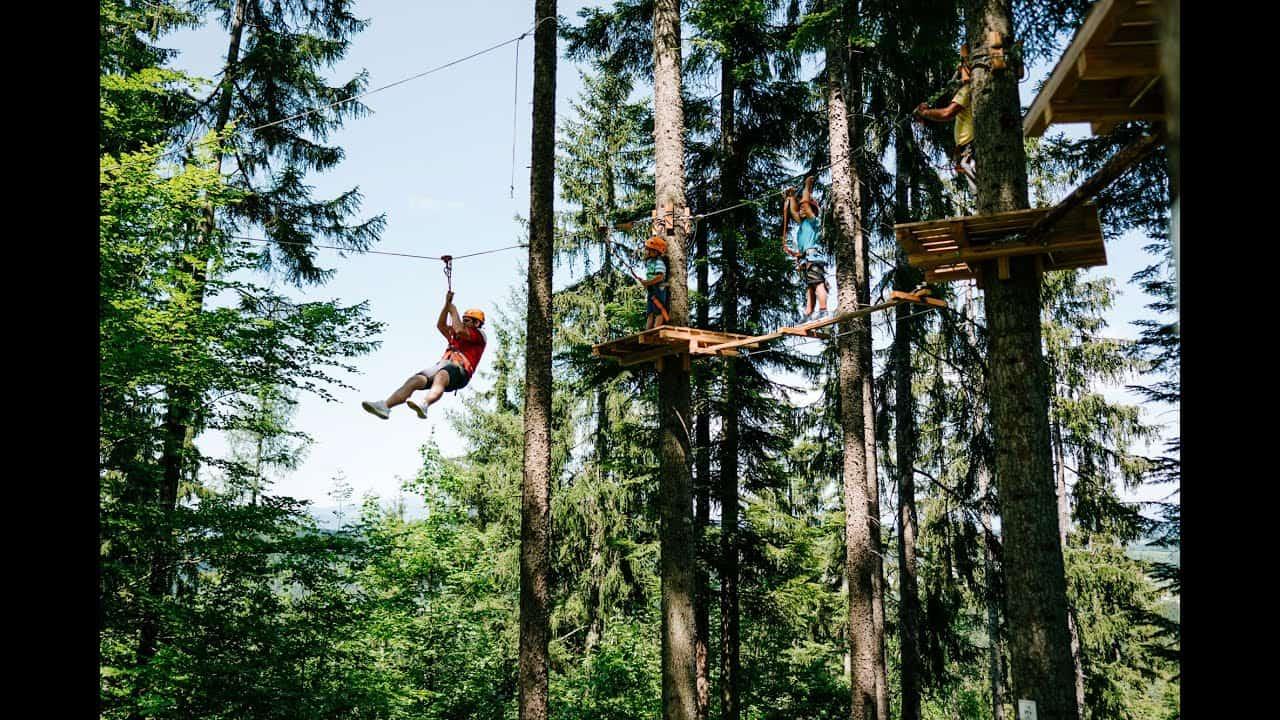 Flying Fox im Kletterwald in Gallizien bei Wildensteiner Wasserfall in der Urlaubsregion Klopeinersee in Südkärnten - Ausflugsziel in Österreich.