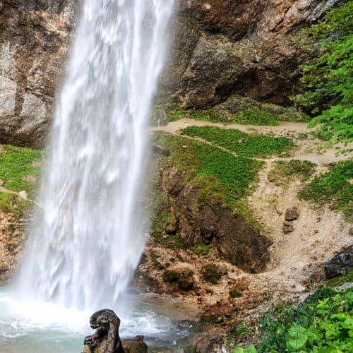 Der imposante Wildensteiner Wasserfall in Südkärnten - Urlaubsregion Klopeiner See in Österreich