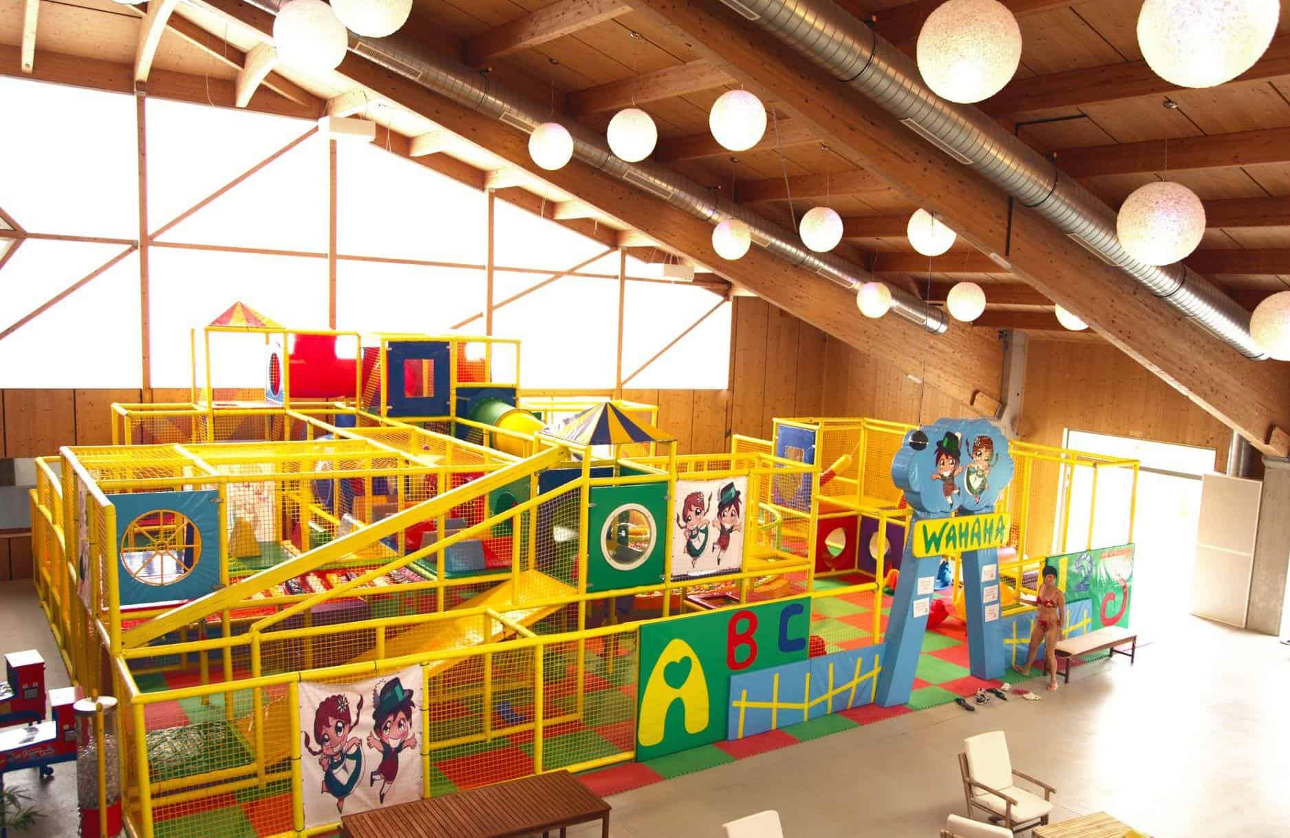 Indoor Spielplatz im Rosental Nähe Wörthersee im Wahaha Paradise im Rosental - auch im Winter geöffnet