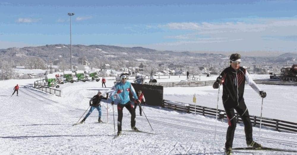 Winter Kärnten Winteraktivitäten Langlaufen Skating in Villacher Alpenarena