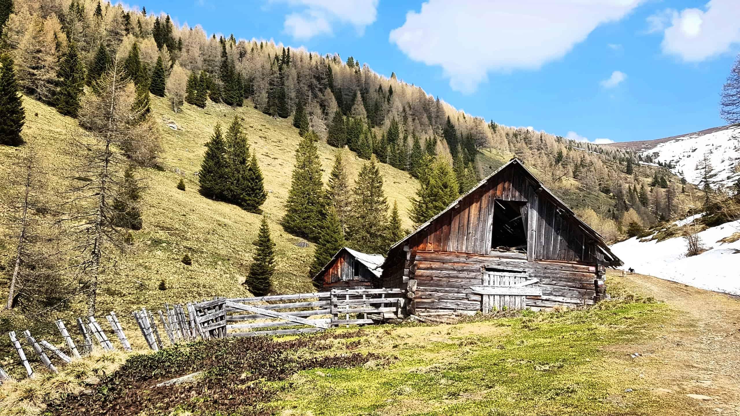 Wanderweg Feldpannalm auf Kaiserburg und Wöllaner Nock in der Urlaubsregion Bad Kleinkirchheim - Österreich
