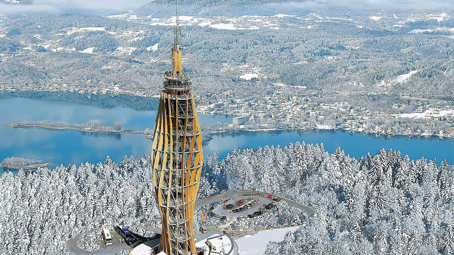 Winter am Pyramidenkogel und Wörthersee in Österreich
