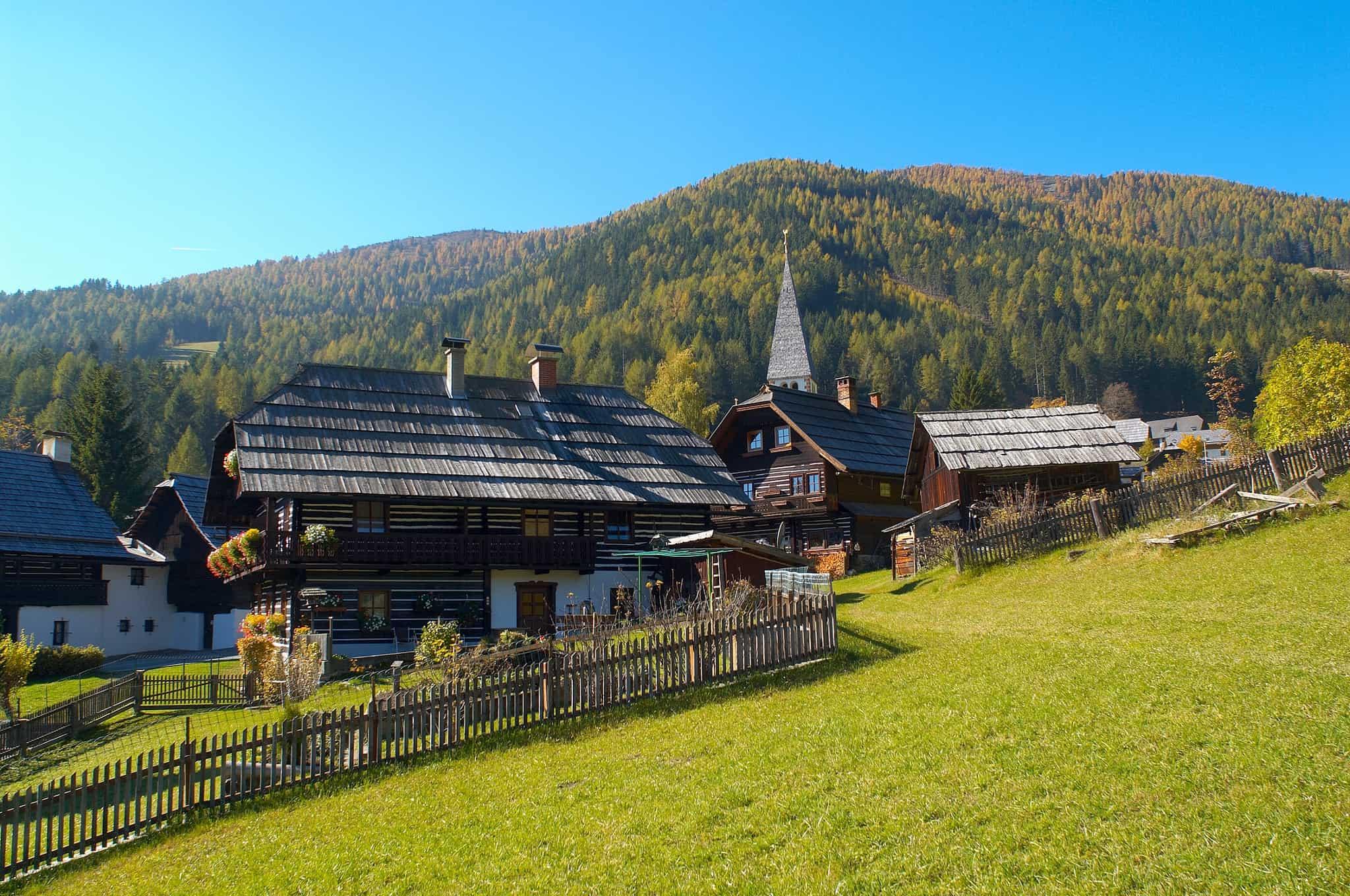 St. Oswald bei Bad Kleinkirchheim. Ort für Wanderungen und Ausflüge in der Natur. Sehenswert in Österreich